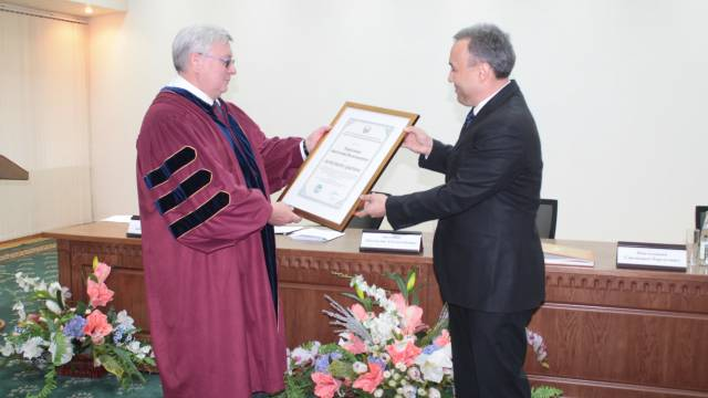 Awarding ceremony of A.V.Torkunov with the title of Honorary Doctor of the UWED